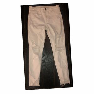 American Eagle white ripped skinny jeans